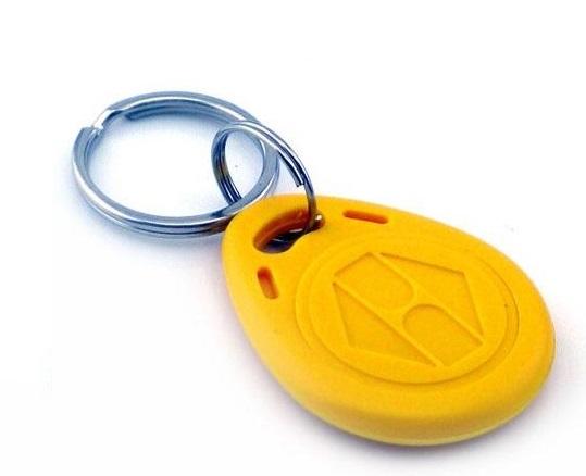 125Khz klíčenka RFID přístupový čip přívěšek na klíče žlutá