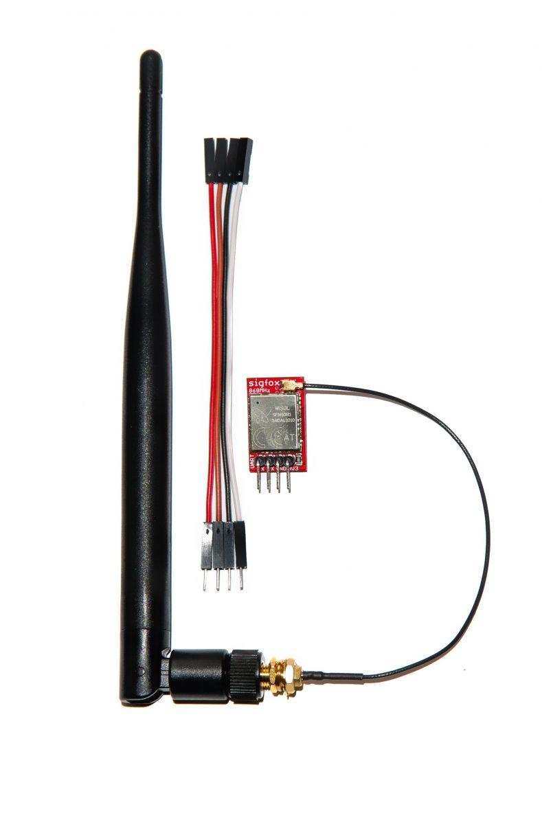 IOT LPWAN SigFox Node UART Modem 868MHz včetně antény a programátoru