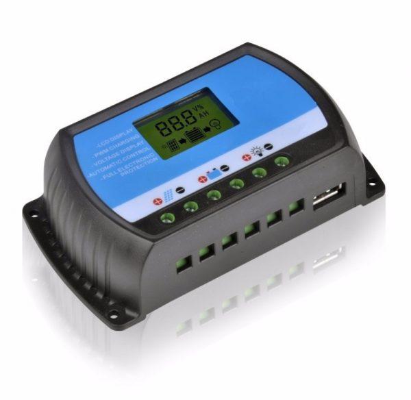 Regulátor nabíjení pro solární panely 10A 12V/24V
